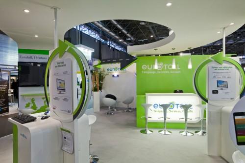 Conception et aménagement de stand traditionnel personnalisé salon de la logistique