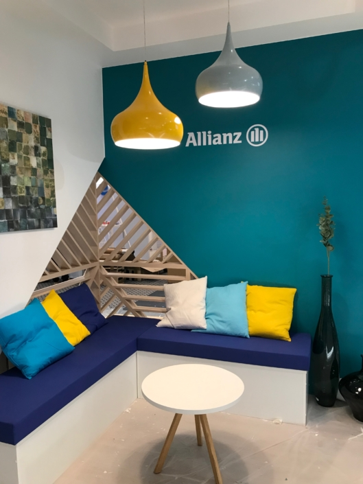 Décoration sur mesure du stand Allianz par In'pulsion